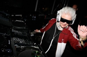 DJ ridicule